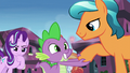 Crystal Pony 3 shakes Spike's claw S6E1.png