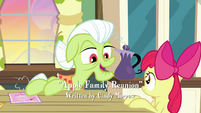 Granny Smith talking to Apple Bloom S3E8