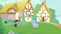 Ocellus appears in graduation gown S9E3