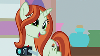 Photographer -I'll get out of your manes- S8E13