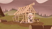 Piles McColt builds a house frame S5E23