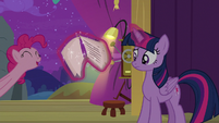 Pinkie Pie pops in from off-screen S8E7
