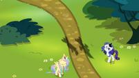 Rarity dressed as Luna -nooooo!- S4E21