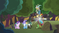 Starlight and friends teleport to new location S6E25