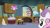 Sweetie Belle in the laundry room S02E05