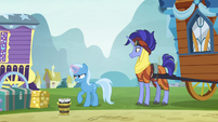 Trixie continues to struggle with wagon S8E19