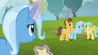 Trixie notices ponies whispering S6E6