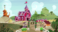 Wide view of Sweet Apple Acres S9E23