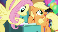 AJ -Pinkie Pie's made files for everypony in town!- S5E11