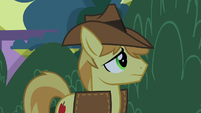 Braeburn looking for something S9E17