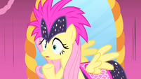 Fluttershy's grin doesn't impress Photo Finish S1E20