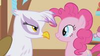 Gilda stares Pinkie Pie down S1E05
