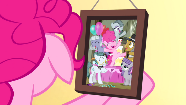 File:Pinkie Pie's first party S4E12.png