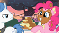 Pinkie Pie cake frosting smile S2E9.png
