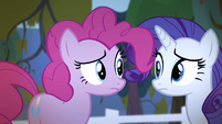 Pinkie and Rarity looks at each other S4E7