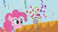 Pinkie looking at sugar canes S1E03