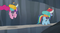 Rainbow walking while Pinkie hops S5E8