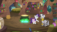 "Rarity ""having some scale issues"" S8E11"