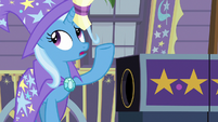 Trixie tosses the flower bouquet away S7E24
