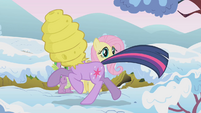 Twilight running with beehive on her head S1E11