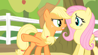 Applejack '...is a second they'll spend destroyin' orchards!' S4E07