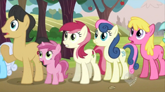 Everypony watching2 S02E15 (1)