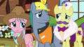 Expert ponies look at each other S7E5.png