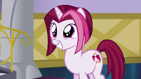 Fashionable Pony excited to have her Princess Dress S5E14