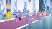 Flash Sentry apresentando Twilight Sparkle EG