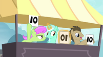 Lyra notices S4E20
