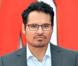 Michael Pena 2015 profile