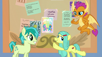 Ocellus turns into an Earth pony S9E7