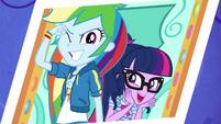 Photo of Rainbow Dash and Twilight EGROF