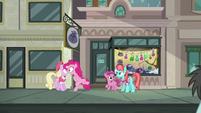 Pinkie Pie --forgot to take the sign down!-- S6E3