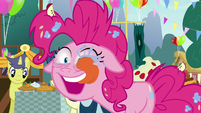Pinkie Pie licking her eyeballs S7E23