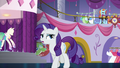 """Rarity """"isn't rushing to open the door this time"""" S5E14.png"""