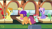 Scootaloo trotting down the train car S9E22