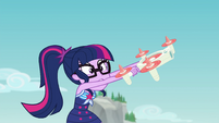 Twilight Sparkle struggling with her drone EGFF