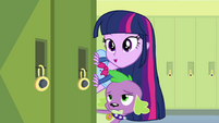 Twilight Sparkle thanking Fluttershy EG