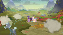Twilight and Fluttershy look at McColts and Hooffields fighting S5E23