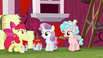 Crusaders and Cozy Glow panting together S8E12