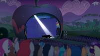 Los Ponis Observando El Musical S5E24
