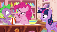 "Pinkie Pie ""super-fun party boat games"" S6E22"