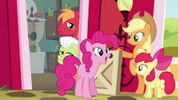 Pinkie Pie -already super-happy as a Pie- S4E09