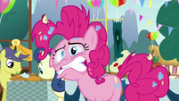 Pinkie Pie gnashing her teeth S7E23