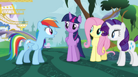 Rainbow Dash encourages Twilight S4E01
