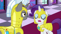 Rarity relieving royal guard of duty S9E4