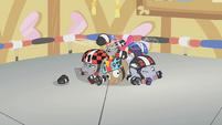 Roller derby fillies fallen and dizzy S1E12