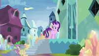 Starlight looking back to Spike S6E1