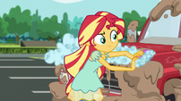 Sunset Shimmer scrubbing Big Mac's truck EGS1
